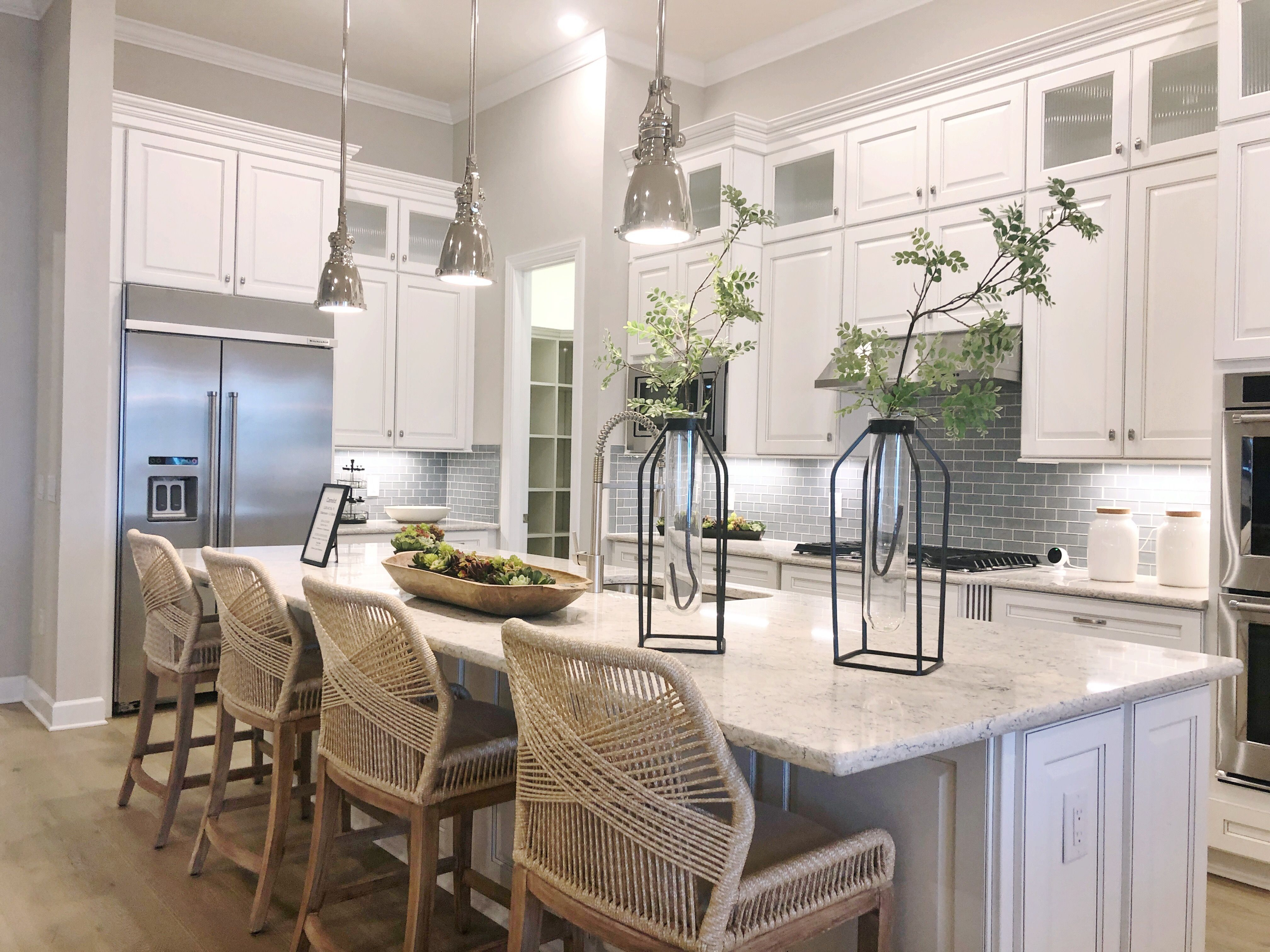 Want To Spend Your Monday Mornings In This Gorgeous Kitchen Shoreview At Lakewood Ranch Waterside By Pulte Homes Give Us Pulte Homes Home Kitchens Home