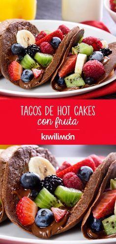 Tacos de Hot Cakes con Fruta