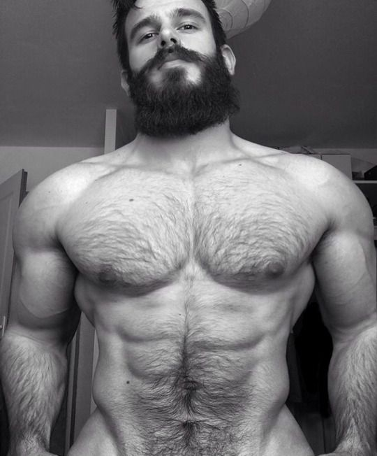 Hairy gay muscle exhibitionist