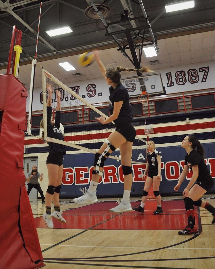 Pinterest Ashleyaalmonte Sport Volleyball Volleyball Pictures Volleyball Workouts