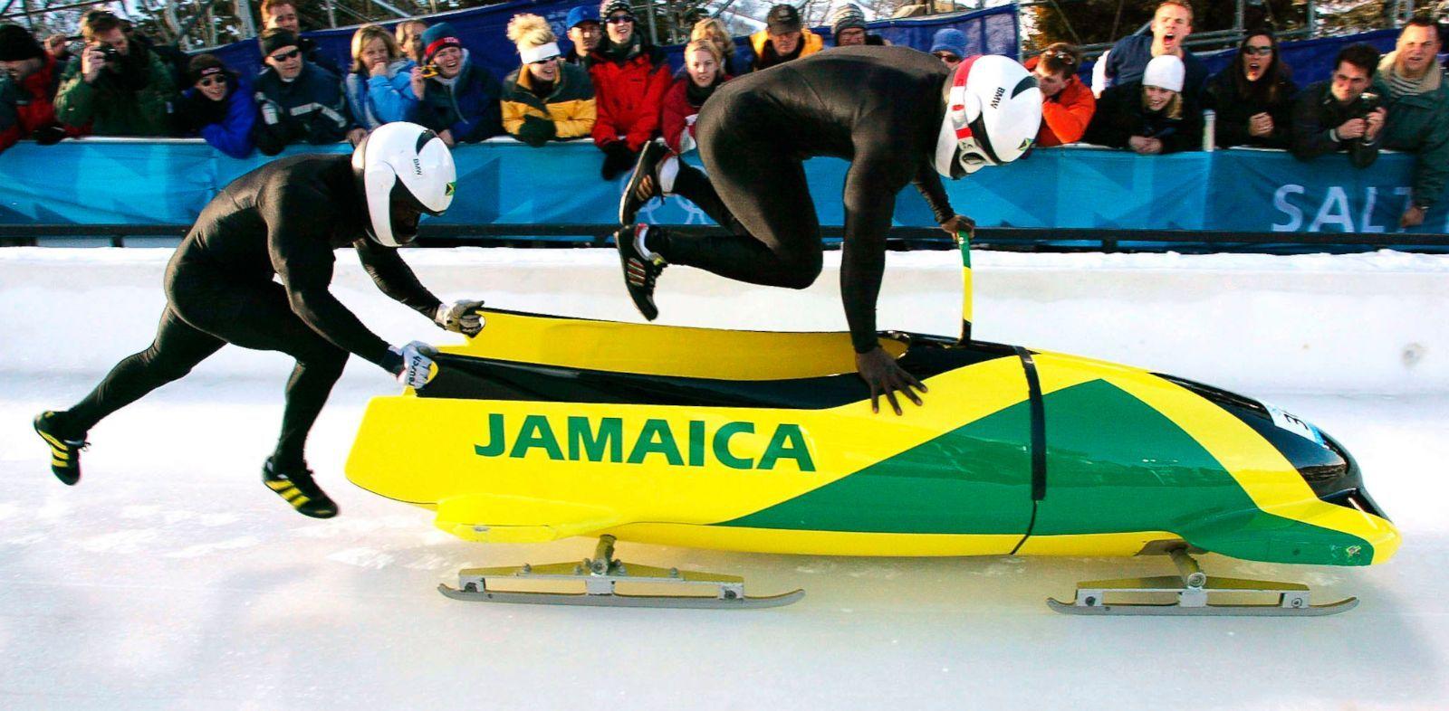 Afbeeldingsresultaat voor bobsleigh funny