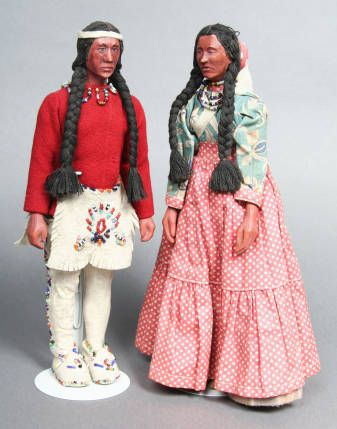 [Woodcarving: Cherokee dolls] :: Craft Revival  Goingback Chilotskey #indianbeddoll