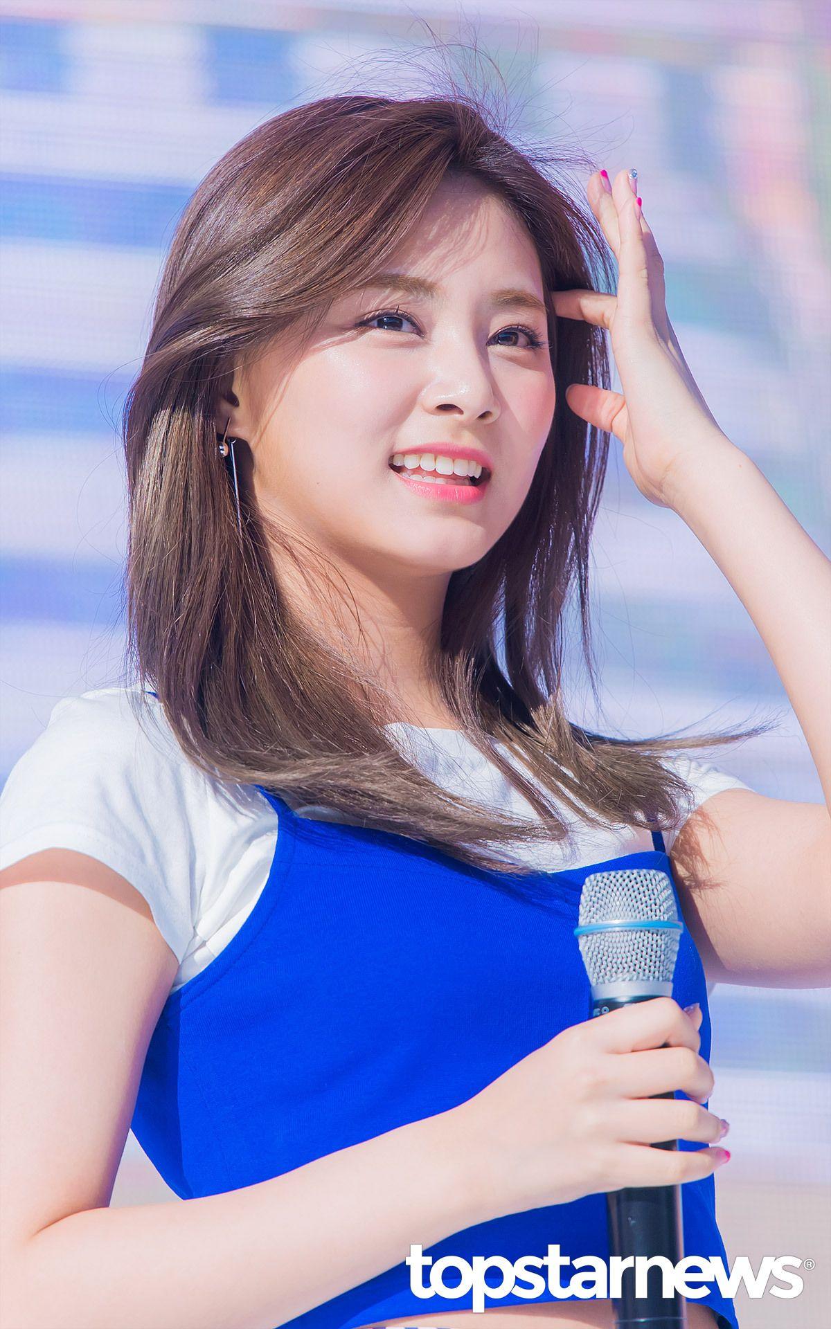 A Collection Of K Pop Idol Photos Current Faves Sana Wendy Irene Cheng Xiao Bona Jennie Kpop Girls Pop Idol Model