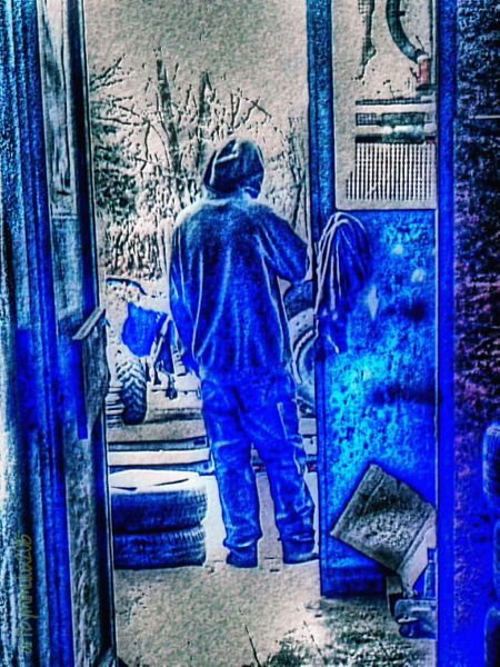 poetic photography: The Blues by mpn why poetic? it is a photo that stirs my imagination.. there is a whole story in this.. that is why it has - at least to me - a poetic beauty to it