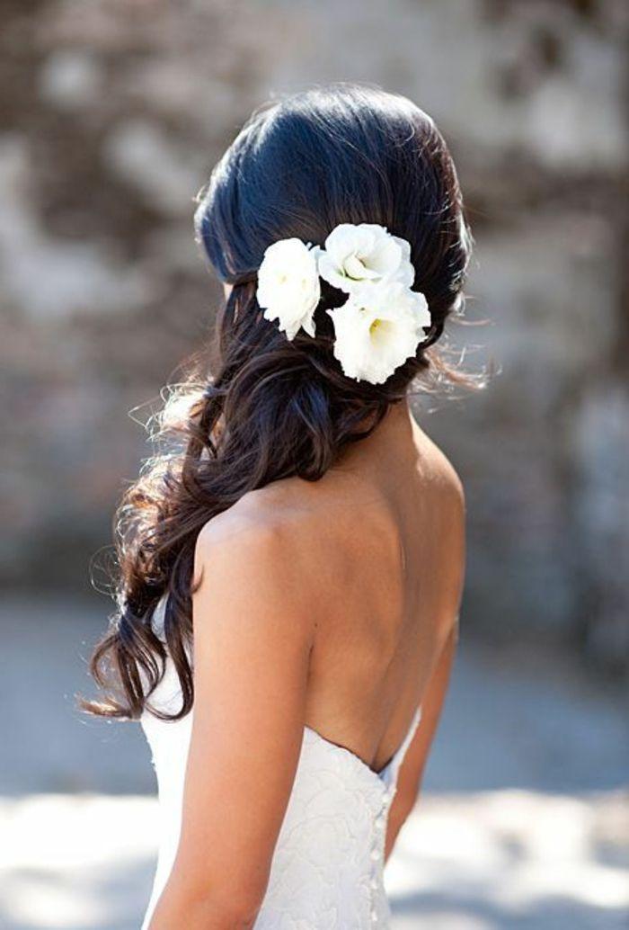 Brautfrisur Mit Blumen 44 Einmalige Fotos Hochzeitsfrisur