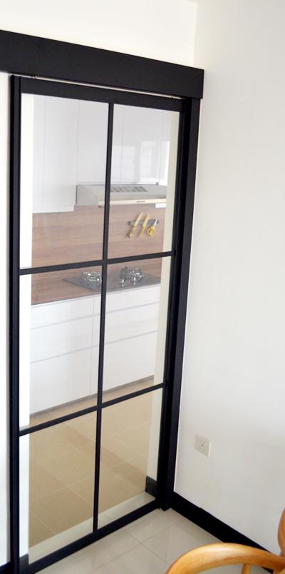 Black powder coated aluminium frame kitchen sliding door for Sliding door for kitchen entrance