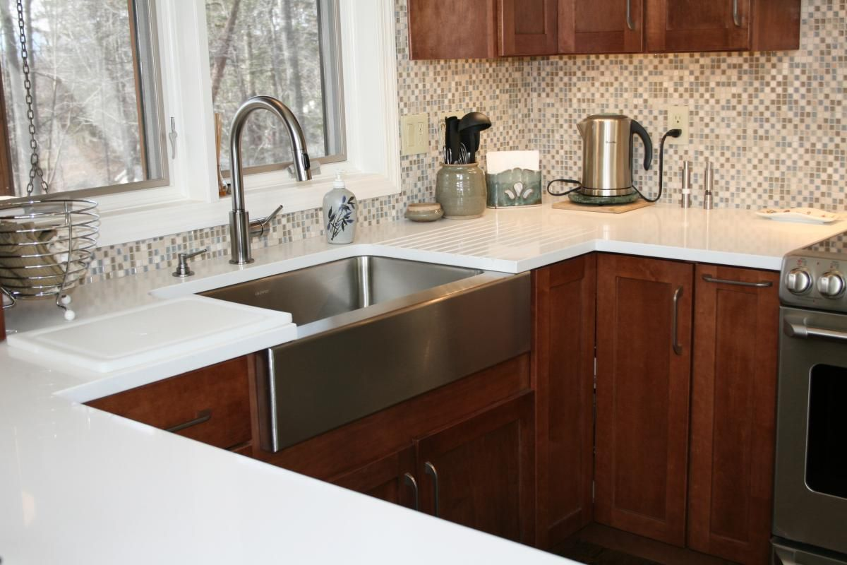 An elkay farmhouse stainless steel sink can get this in
