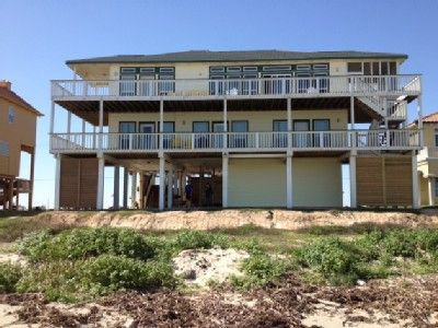 VRBO.com #439808 - Exquisite Beach Front Home Close to Town