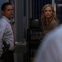 <a href='/name/nm0001718/?ref_=m_ttmi_mi_tt'>Kyra Sedgwick</a> and <a href='/name/nm0190441/?ref_=m_ttmi_mi_tt'>Raymond Cruz</a> in <a href='/title/tt0458253/?ref_=m_ttmi_mi_tt'>The Closer</a> (2005)