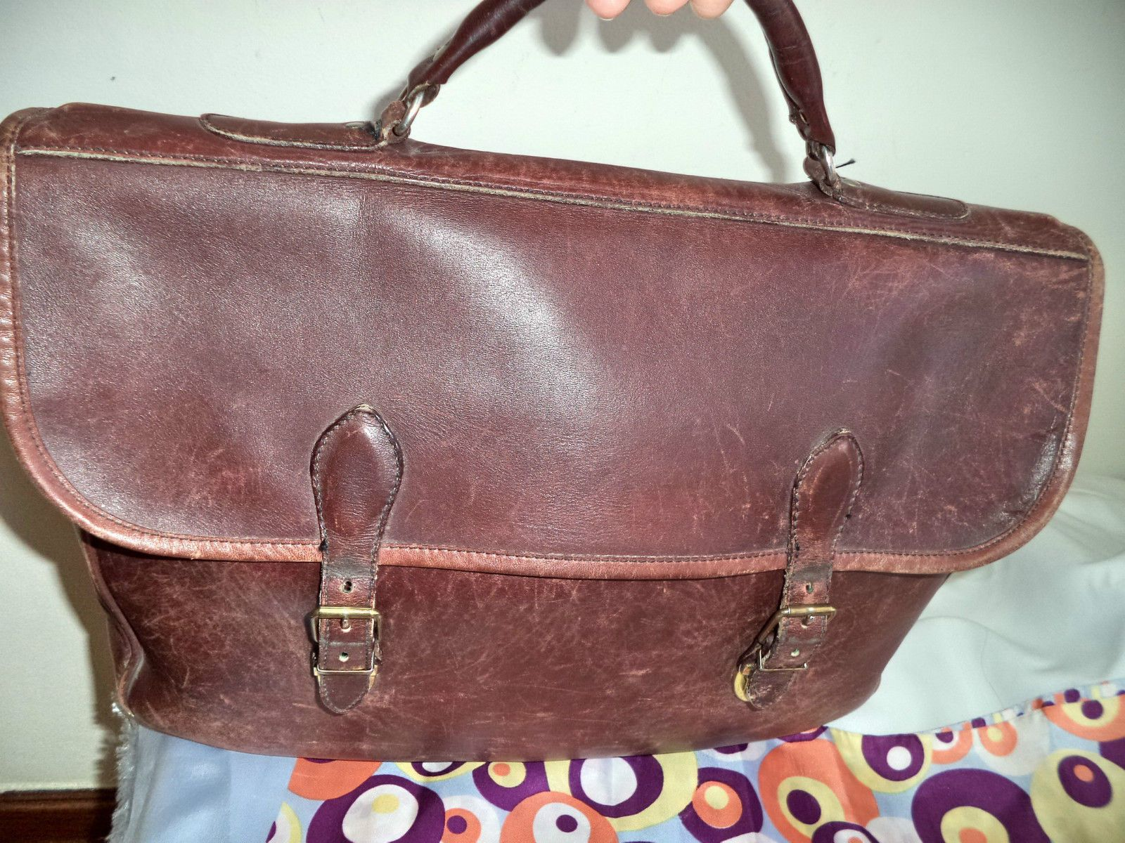 ROOTS canada LARGE brown leather UNISEX briefcase laptop