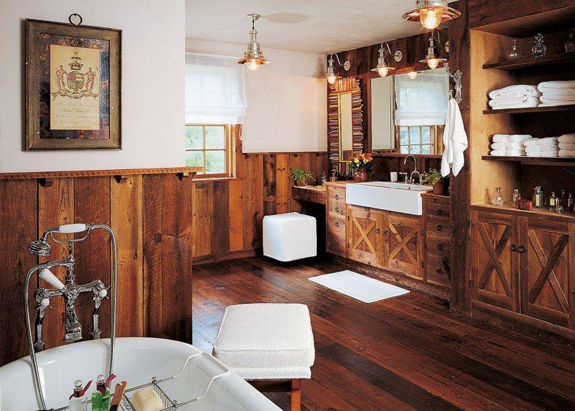 awesome pendant lighting and rustic bathroom cabinets plus hardwood wainscoting idea feat white fur rug | Rustic Bathroom Ideas Present Elegant Bathroom  | https://www.designoursign.com #bathroom  #luxurybathroom #luxurybathroomideas #luxuryfurniture #interiordesign #luxurydesign #homedecor #designdetails #rusticbathroom