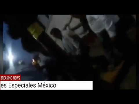 (Video) Padres de familia intentan linchar a maestro violador - http://www.esnoticiaveracruz.com/video-padres-de-familia-intentan-linchar-a-maestro-violador/