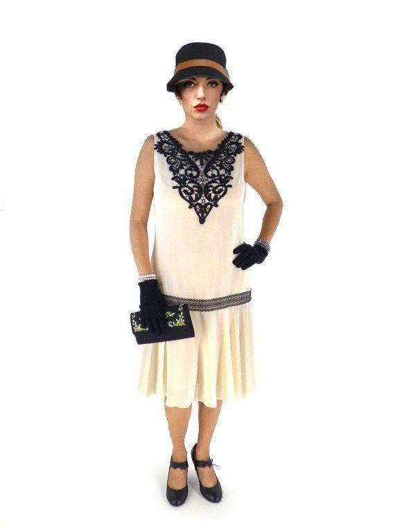 Robe Annee 20 Creme Sur Mesure Pour La Fete Charleston En 2020 Robes Gatsby Le Magnifique Robes De Garconnes Et Robe