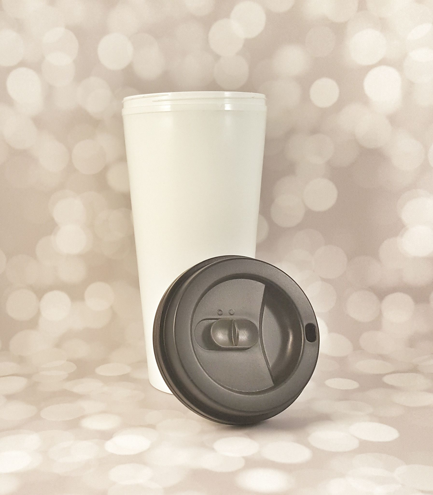 Wake Up and be Younique Glitter Travel Mug While your'e enjoying your favorite venti size beverage in this lovely travel mug, set those goals and achieve them! Let me tell you why I love these travel
