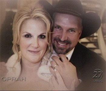 Garth brooks trisha yearwood baby garth brooks and for Trisha yearwood and garth brooks wedding pictures