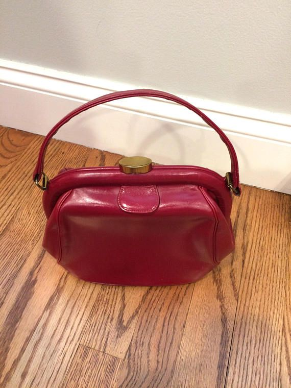 f35dc8648949 Vintage Elite Red Leather Kelly Style Handbag