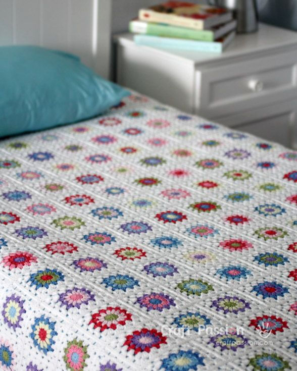 Get Free Pattern And Tutorial On How To Crochet A Sunburst Granny Square Blanket Tips Storage Squares Arrangement While Working It
