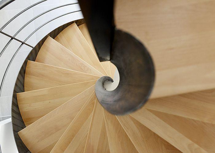 DH109 - SPIR\u0027DÉCO® Flamme Mixte Escalier d\u0027intérieur métallique