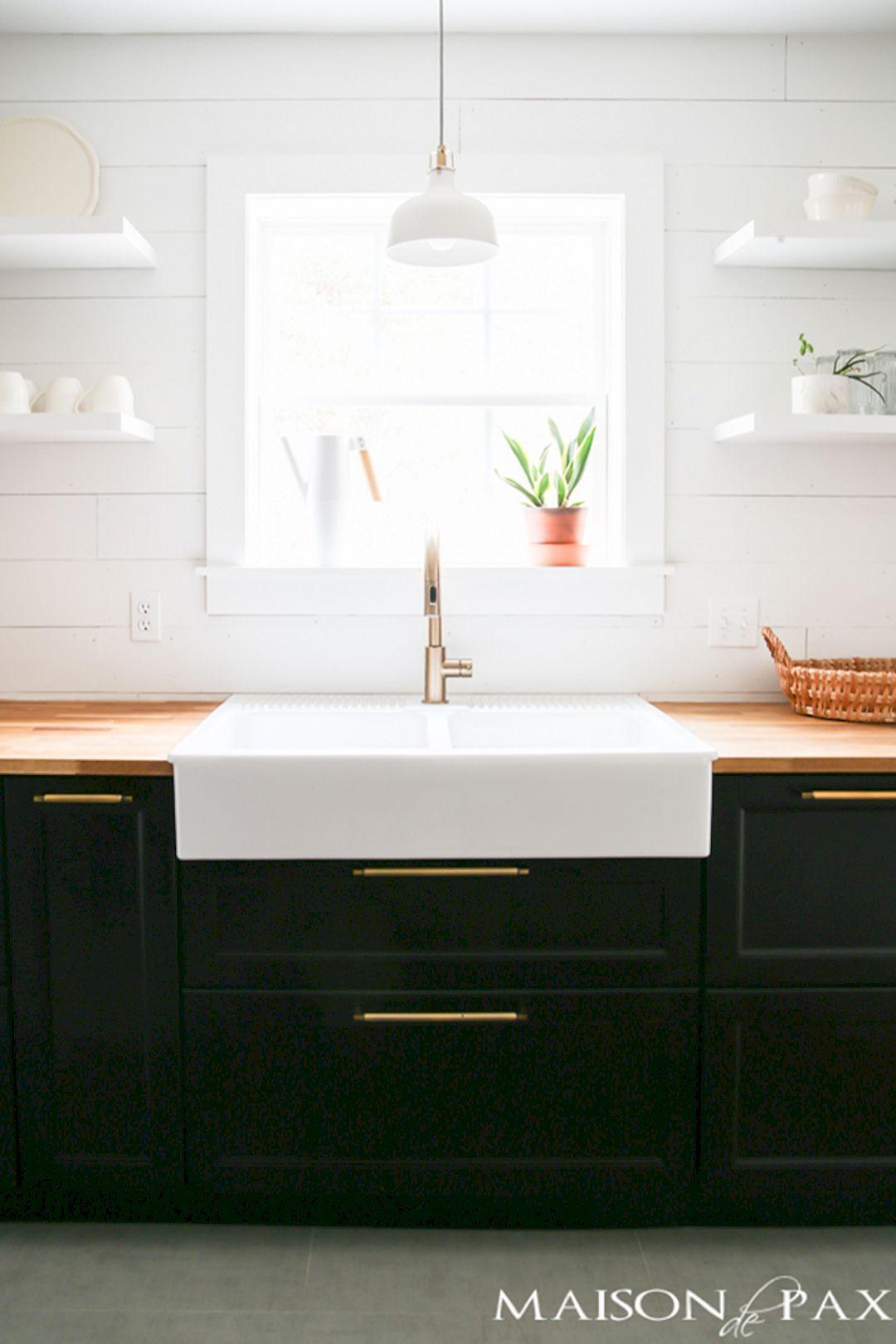 34 Beautiful Modern Farmhouse Kitchen Sink Designs | Küche
