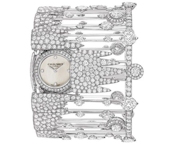 Secret cuff timepiece in platinum and mother-of-pearl dial, set with brilliant-cut diamonds (Set 6)