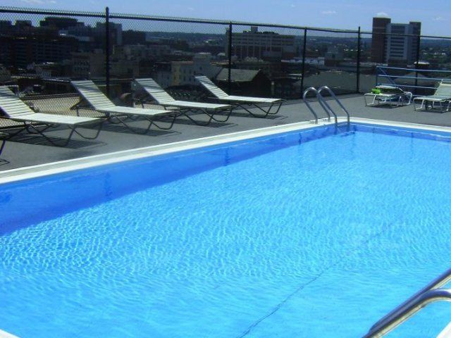 Rooftop Pool At 611 Park Ave Baltimore Apartment Rooftop Pool Mount Vernon