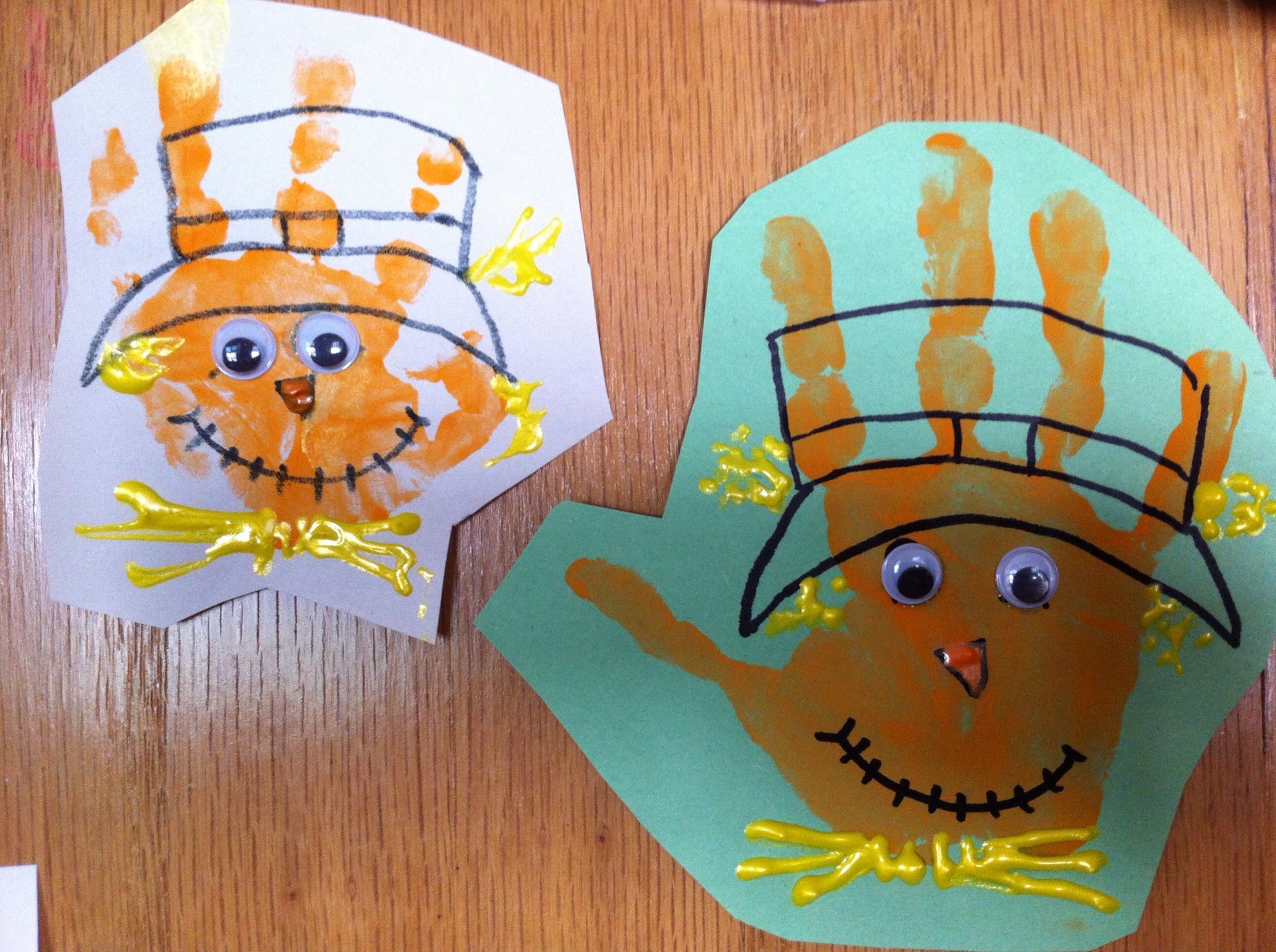 Scarecrow Handprint Wink Pinterest Scarecrow Crafts