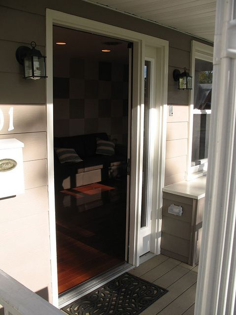 Wheelchair accessible door doors and house for Wheelchair accessible doorways