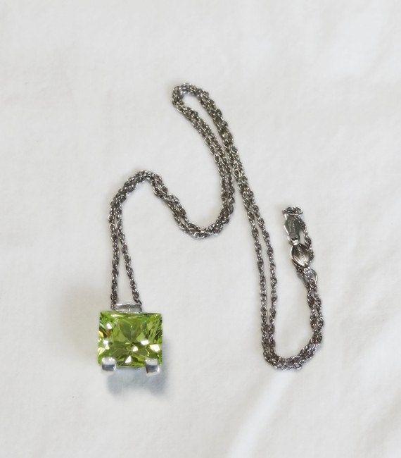 CaratYogi Natural Peridot Beautiful Prong Style Pendant Sterling Silver Handmade Birthstone Charm Jewelry