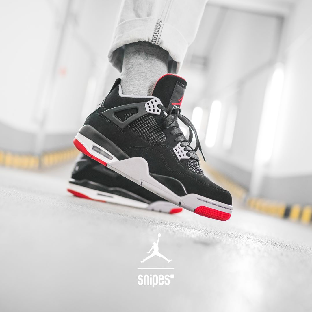 Jordan 4 Retro | 59.99€ 189.99€ | 17 48.5 Better be quic