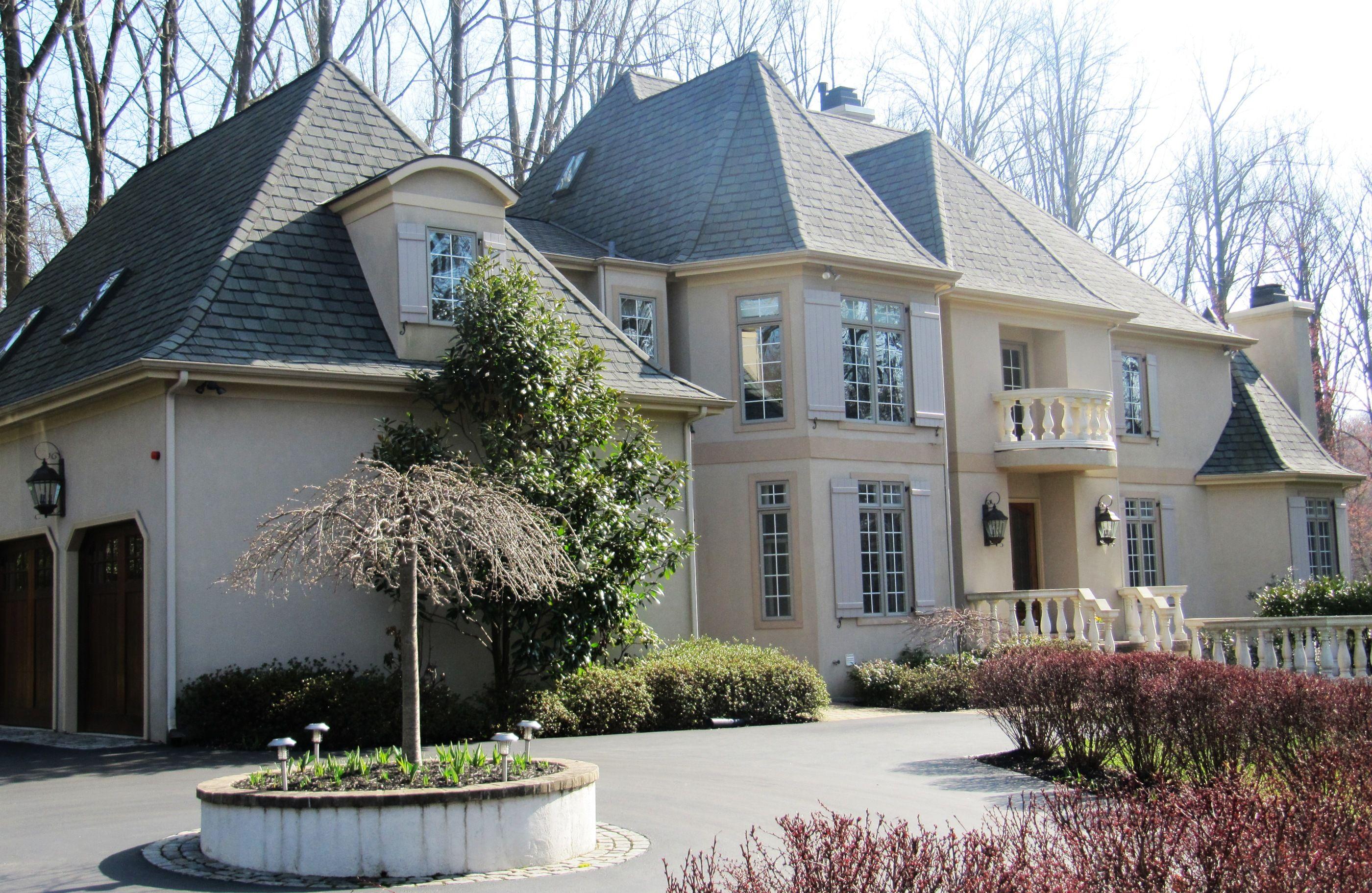 Villanova luxury home sold by mary beth hurtado house
