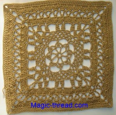 Cubrecama realizado con grannys cuadrados grandes tejidos al crochet ...
