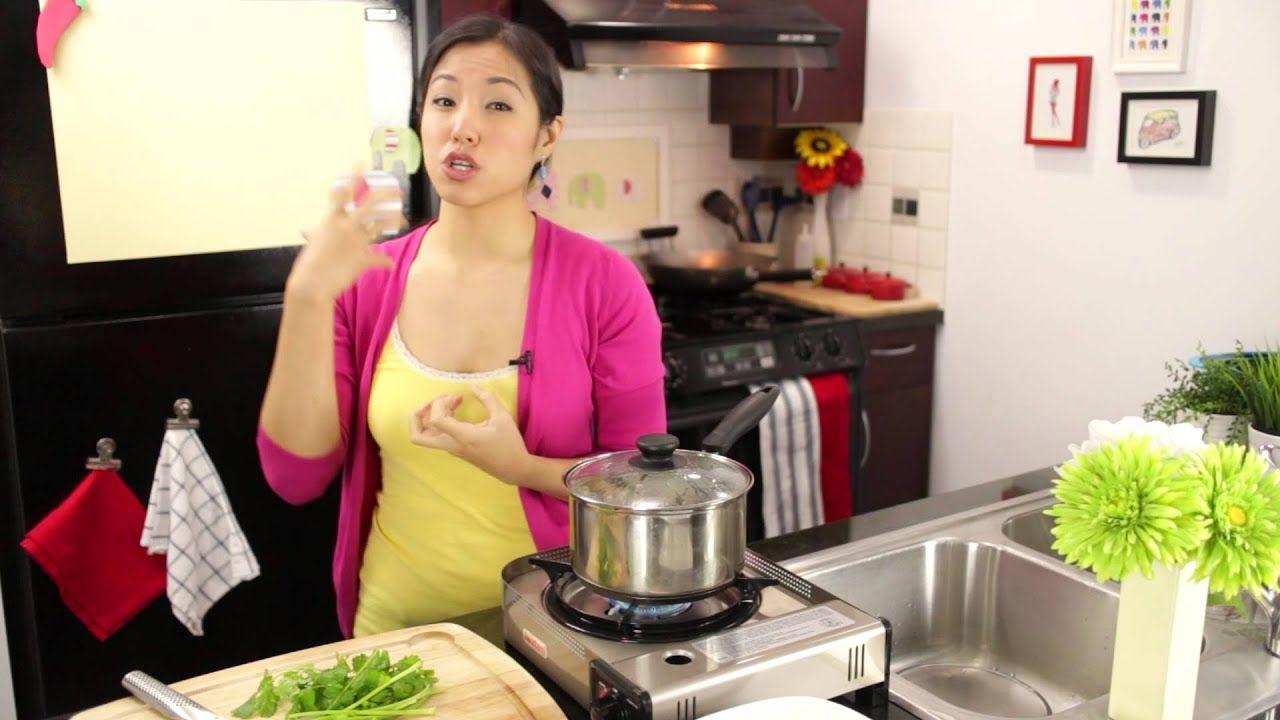 Coconut Lemongrass Steamed Clams Recipe ต มข าหอยลาย Hot Thai