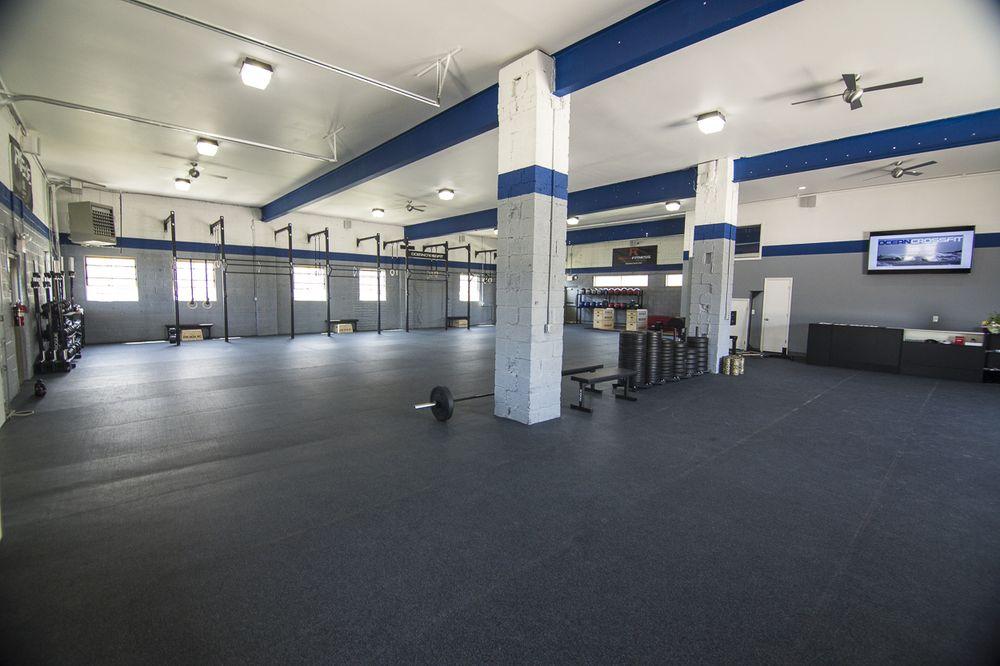 Rob S Fav Cf Gym Room At Home Gym Design Fitness Center Design