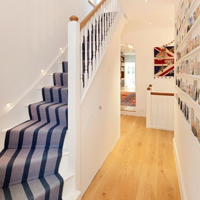 Best Stairs For Narrow Space Staircase Design Foyer Design 400 x 300