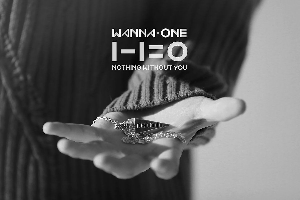 Special Gift 1 One Pendant Photo Wanna One Hand Ver Wannaone
