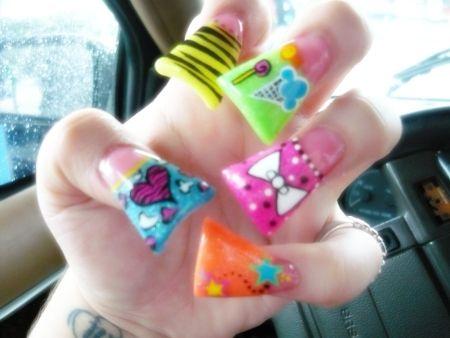 Duckfeet Style Nails