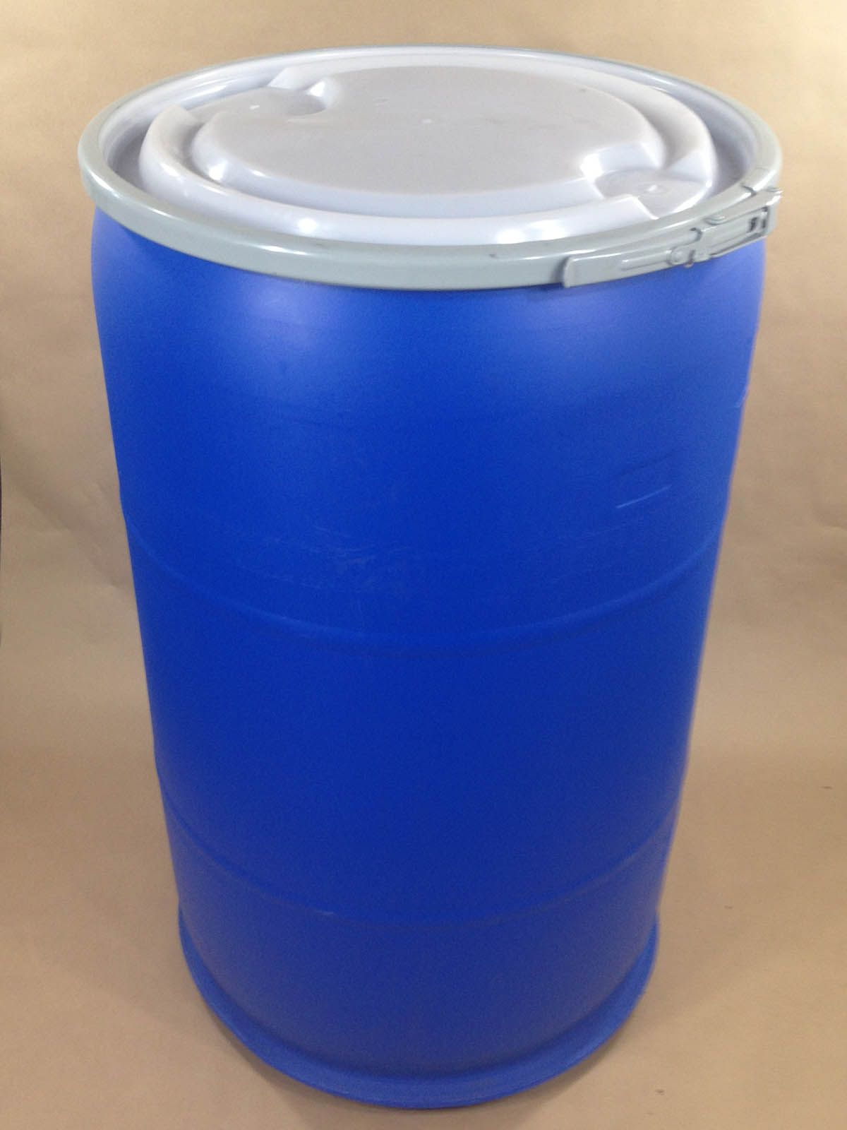 Blue Plastic Barrels And Drums 5 Gallon To 55 Gallon