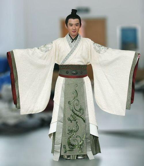 8a2b67550 chinese men in white and grey hanfu. My nhan tam ke. Mens clothing in Han  Dynasty.