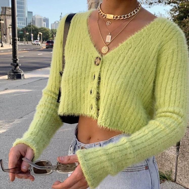 The '90s Trend Every Cool Girl is Wearing Right No