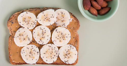 HAPPY MONDAY! BACK TO THE DAILY GRIND AFTER A LONG HOLIDAY WEEKEND. JUMP START YOUR MORNING WITH THESE HEALTHY BREAKFAST IDEAS FOR WHEN YOUR DAYS GET BUSY.