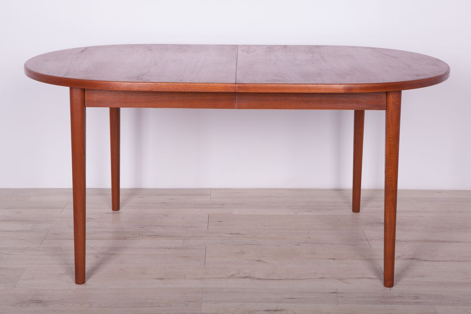 For Sale Mid Century Teak Dining Table By Nils Jonsson For Hugo Troeds 1960s In 2020 Teak Dining Table Table Dining Table