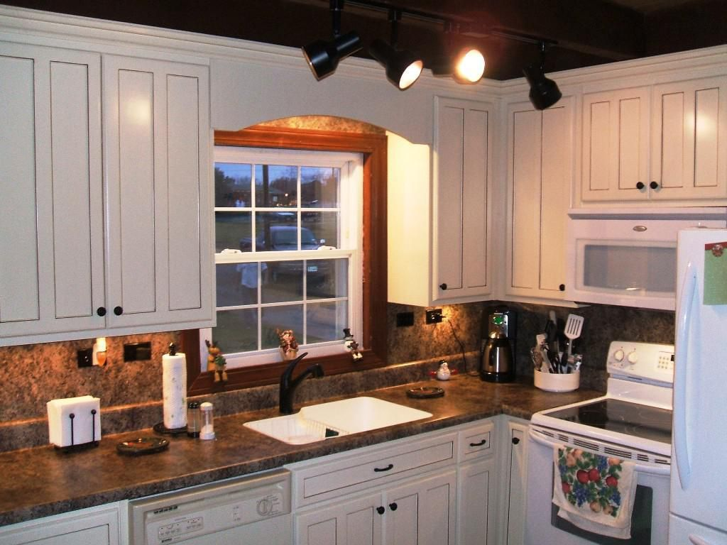 c28bf6dc01e9a9e58ba9291ae14d2688 Ideas For Decorating Above Kitchen Cabinets Joanna Gaines on joanna gaines bedroom ideas, joanna gaines home ideas, joanna gaines decor ideas, joanna gaines living rooms, joanna gaines bath ideas, joanna gaines furniture,