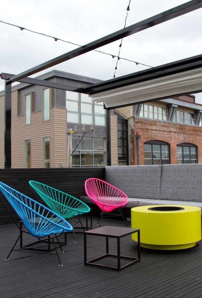 Day Glo Rooftop Space Fire Pit Con Imagenes Diseno De Terraza Fotos De Oficina Muebles De Exterior
