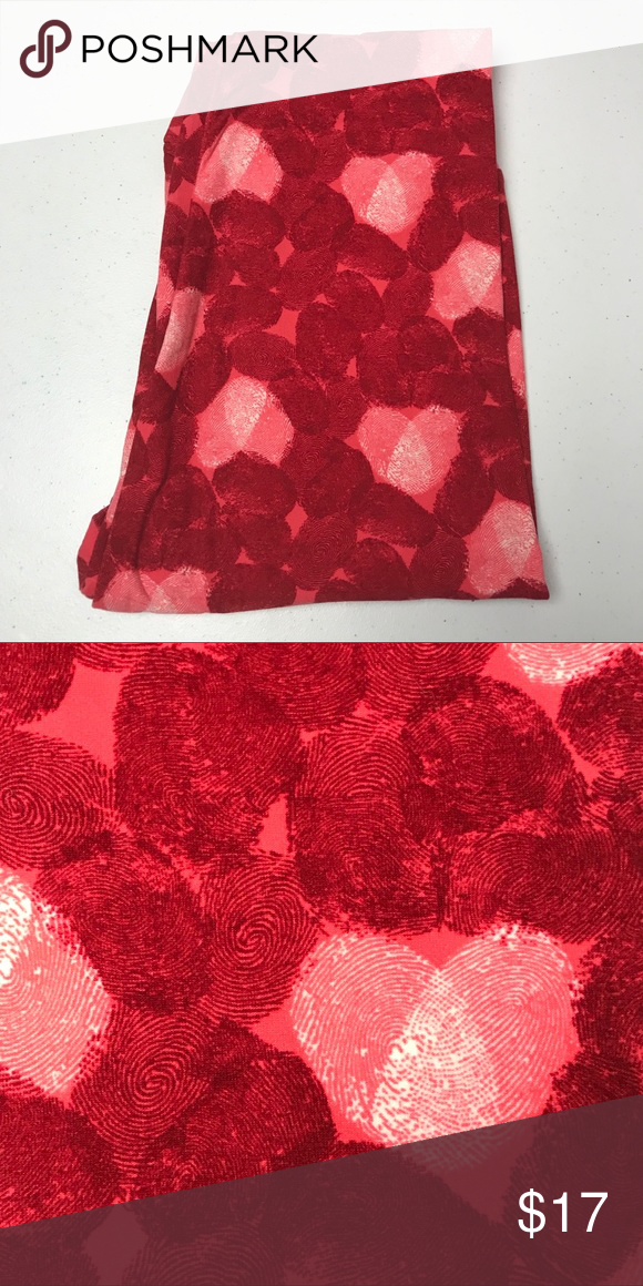 c7e6988b0b625c 🆕LULAROE VALENTINE LEGGINGS OS Brand new LuLaRoe leggings. One Size (OS)  fits 2-10 Never worn! Valentines fingerprint hearts LuLaRoe Pants Leggings
