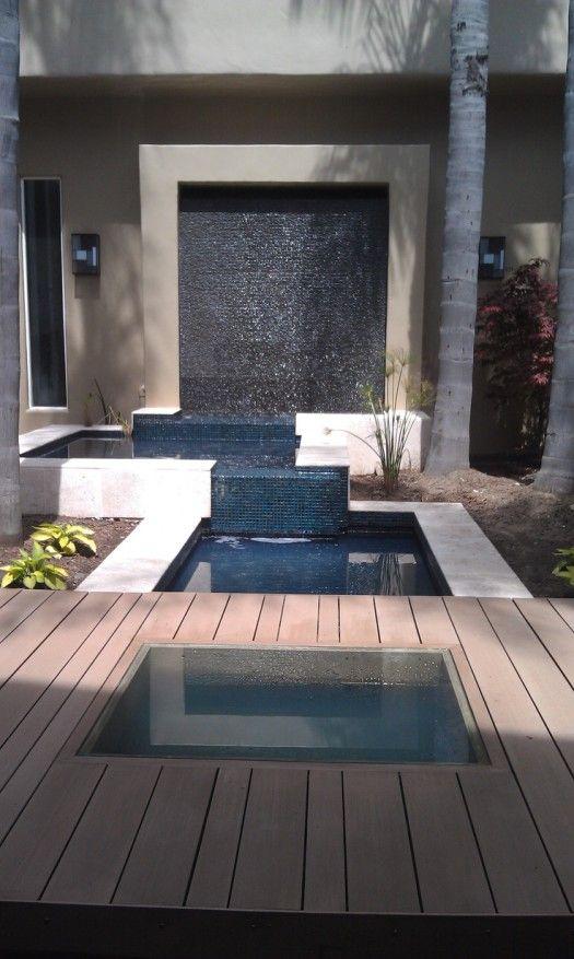 9 espectaculares muros de agua para exterior agua for Cascadas para exteriores
