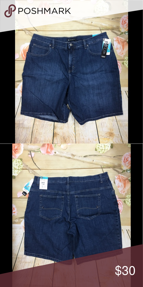 e724aedbc89 Lee women s plus size Bermuda shorts sz 18w NWT Stretchy denim construction  5-pocket FIT   SIZING 9-in. inseam High rise sits at the natural waistline  ...