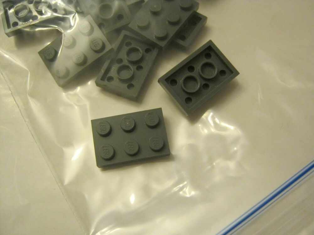 LEGO Lot of 5 Tan 1x2-2x2 Space Bracket Pieces