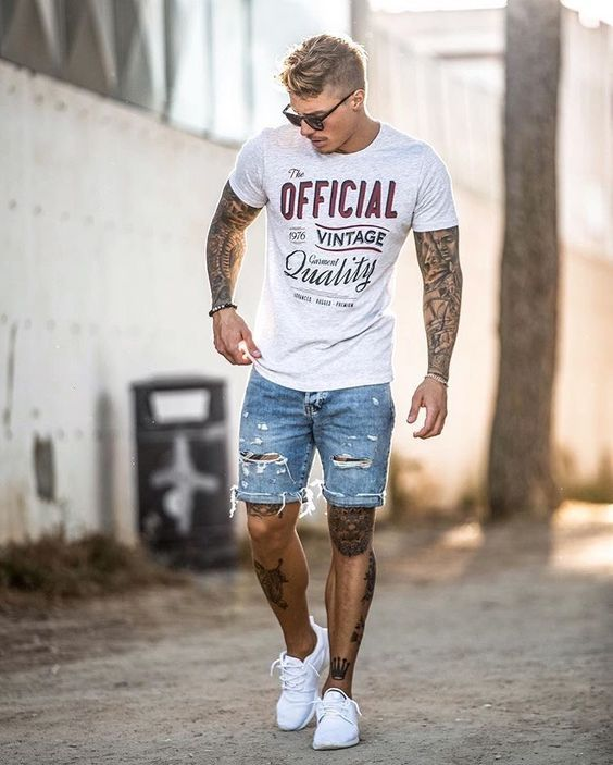 45 Best Boating Outfits for Men | How to Dress for