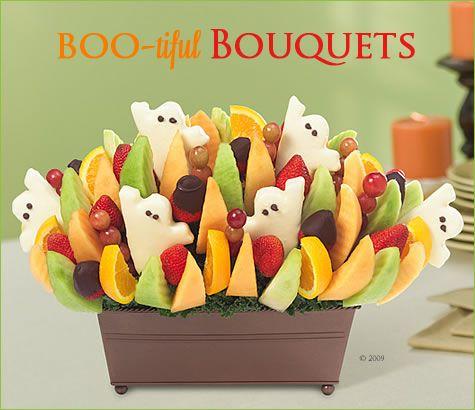 Boo Tiful Treats From Edible Arrangements Pizzazzerie Halloween Fruit Edible Arrangements Halloween Treats