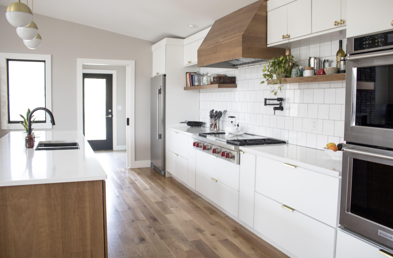 Western Boho Kitchen In 2020 Kitchen Design Contemporary Kitchen Kitchen Layout